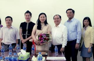 Công Ty Cổ Phần Quốc tế Hoàng Nam vinh dự đón đoàn Lãnh đạo UBND Quận 7 Ghé Thăm Và Chúc Mừng nhân dịp kỷ niệm 11 năm thành lập